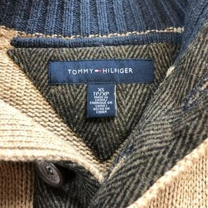 Tommy Hilfiger military quarter button up